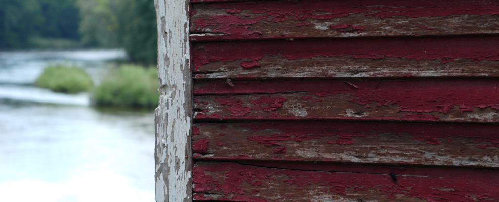 Old Siding - Signs Your Home Needs New Siding